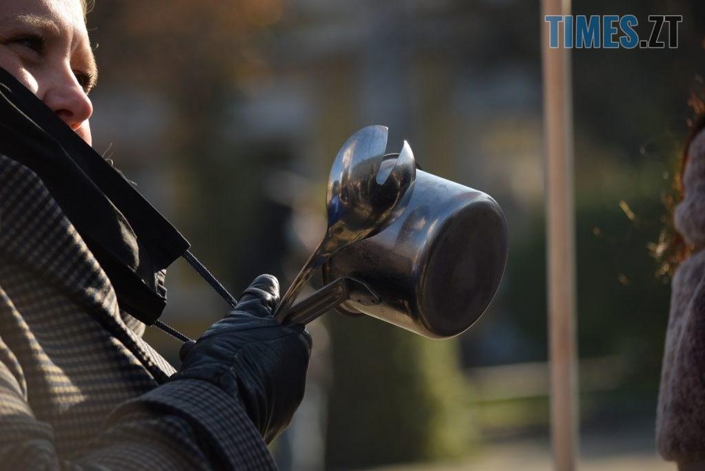 DSC 1413 1024x684 - «Ми не COVID-19»: у Житомирі власники та працівники закладів харчування бунтують проти «вихідного дня» (ФОТО-ВІДЕО)