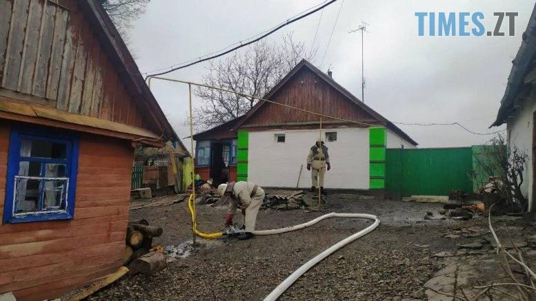 IMG c202c48324f3d132262a956ac4242895 V 777x437 - У селі на Житомирщині жінка витягнула із задимленого будинку труп своєї племінниці (ФОТО)