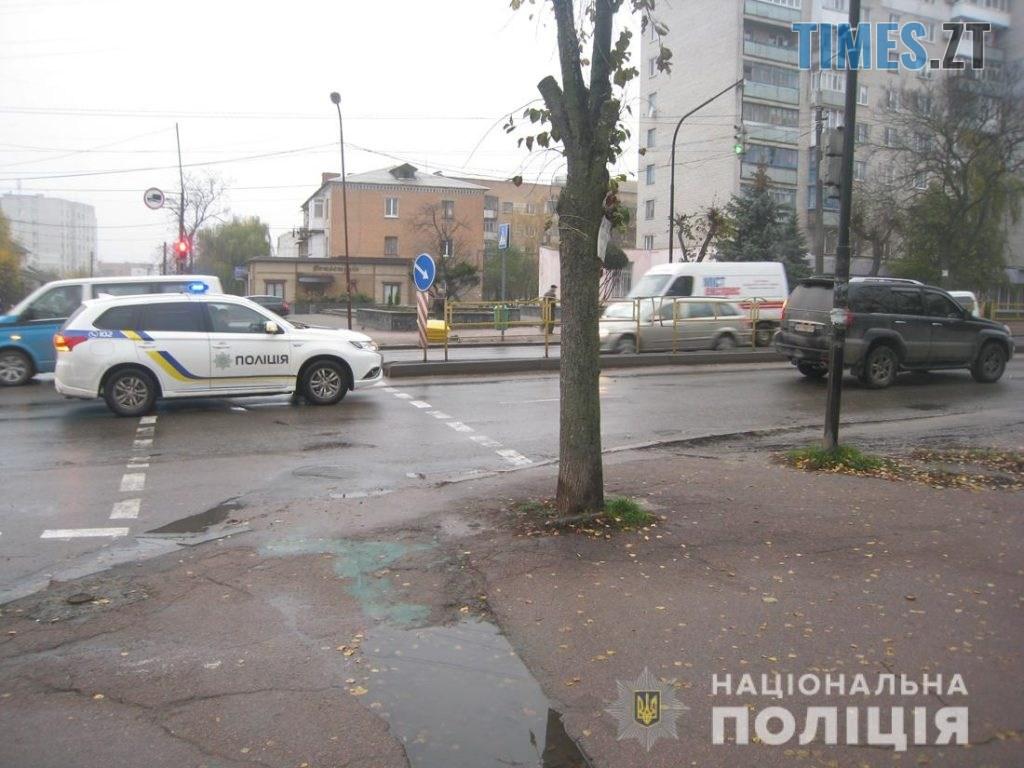 """IMG 2473  1024x768 - У Бердичеві водій на """"Лексусі"""" збив пішохода, постраждалий в лікарні (ФОТО)"""