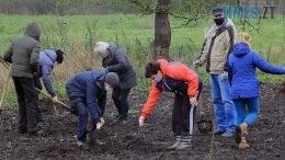 Still1212 00000 260x146 - У Красівці на Бердичівщині діти заробляють на мрію шкільним садівництвом (ВІДЕО)