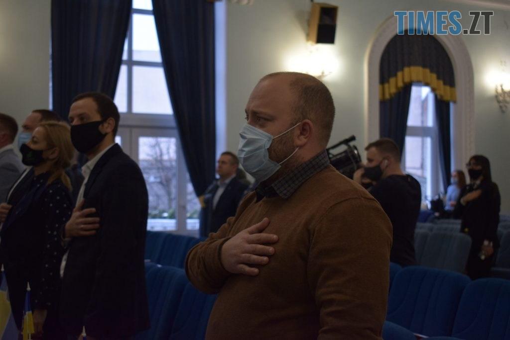 DSC 0448 1 1024x684 - Старі & нові: у Житомирській міськраді досвідчені депутати опікуються «молодими»