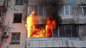 Bez nazvanyia 1 - У багатоповерхівці на Короленка сталася пожежа, з полум`я врятували двох людей