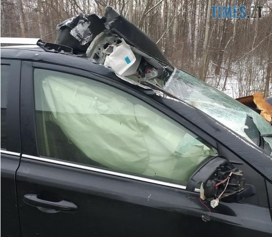 Screenshot 5 9 - ДТП на трасі в Житомирській області: Toyota протаранила відбійник (ФОТО)