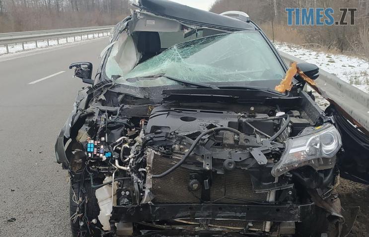 Screenshot 6 8 - ДТП на трасі в Житомирській області: Toyota протаранила відбійник (ФОТО)