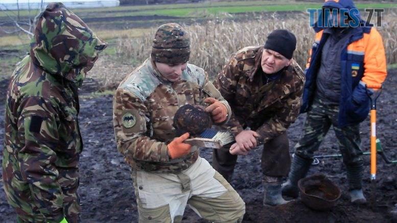 Still1212 00017 777x437 - Знахідки минулої війни: на Бердичівщині працює «Пошук» (ВІДЕО)