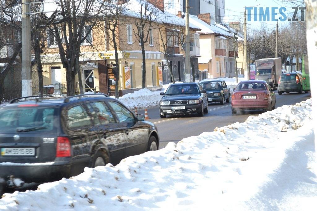 DSC 2611 1024x683 - Через чистку колектора у Житомирі на Покровській та поблизу затори (ФОТО)