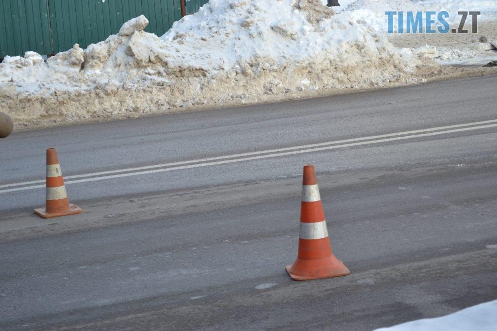 DSC 2621 1024x683 - Через чистку колектора у Житомирі на Покровській та поблизу затори (ФОТО)